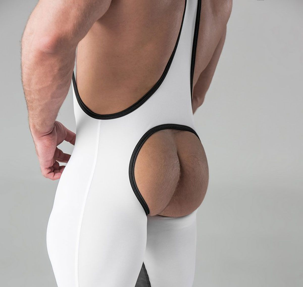 MASKULO Fetish Singlet ARMORED. Men´s Fetish Wrestling Singlet Open Rear WS11-80, weiß