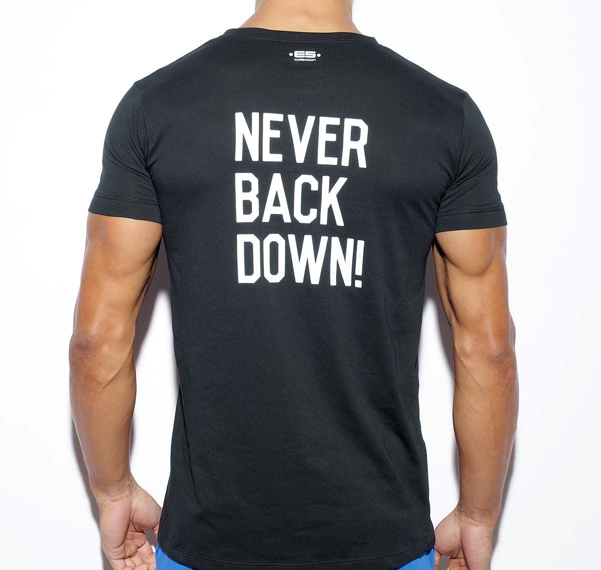 ES Collection NEVER BACK DOWN U-NECK T-SHIRT TS172, schwarz