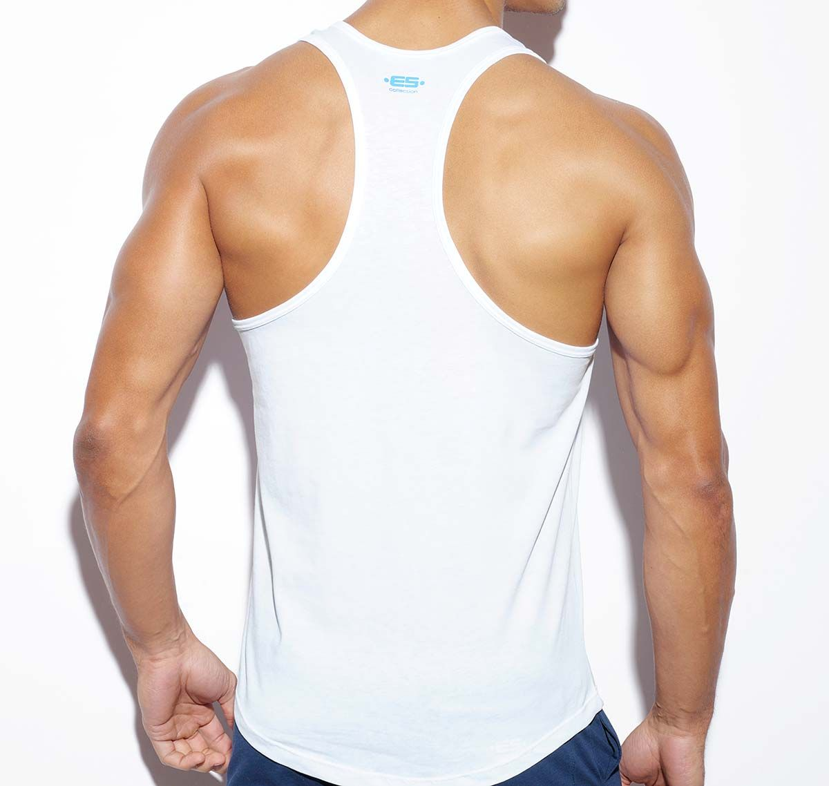 ES Collection NEVER BACK DOWN BADGE TANK TOP TS170, weiss